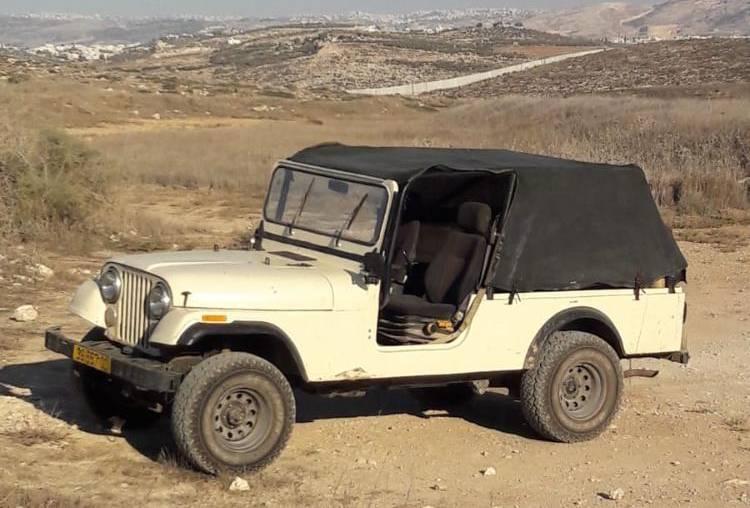 רכב אספנות להשכרה car4us